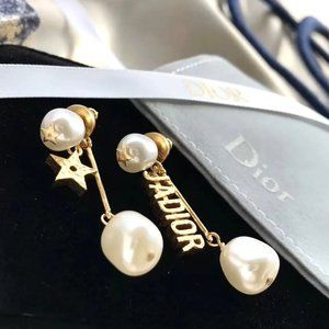 DIOR            Earrings
